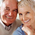 Имплантация зубов: на сколько лет?