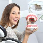 Имплантация зубов: когда можно есть?